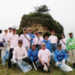 清掃作業に参加した河原子海岸清掃Grの皆さん