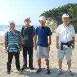 滑川海岸にて、谷藤先輩と偶然逢い記念撮影
