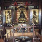薬師寺に安置されている薬師如来、日光、月光菩薩