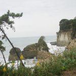 西行法師も訪れた鵜の島付近の海景